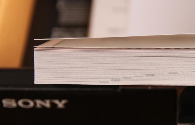 α7sのマニュアルは300ページと分厚い