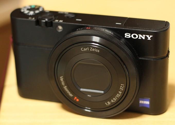 SONYのデジカメRX100が壊れた