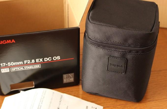 シグマ17-50mm F2.8 EX DC OS HSMの内容物