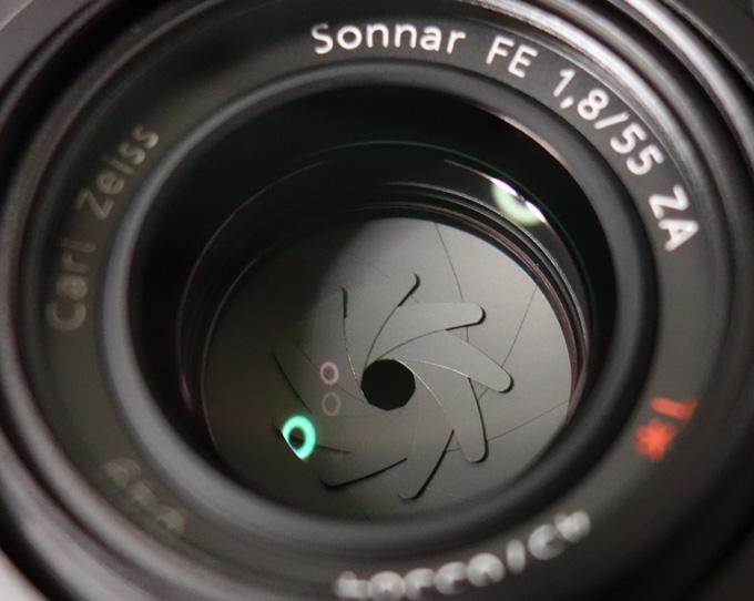 Sonnar T* FE 55mm F1.8 ZA SEL55F18Zの絞り羽根の形