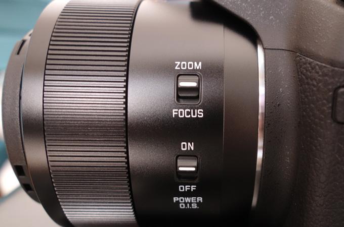 FZ1000のレンズ横の切り替えボタン