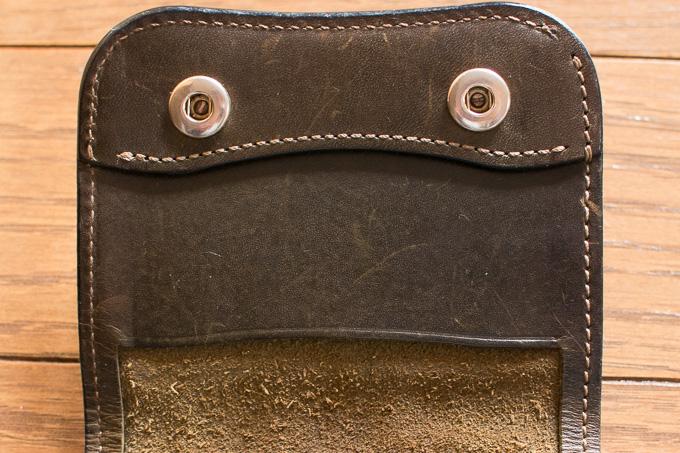 WILDSWANSのミニ財布「PALM」のカード入れ