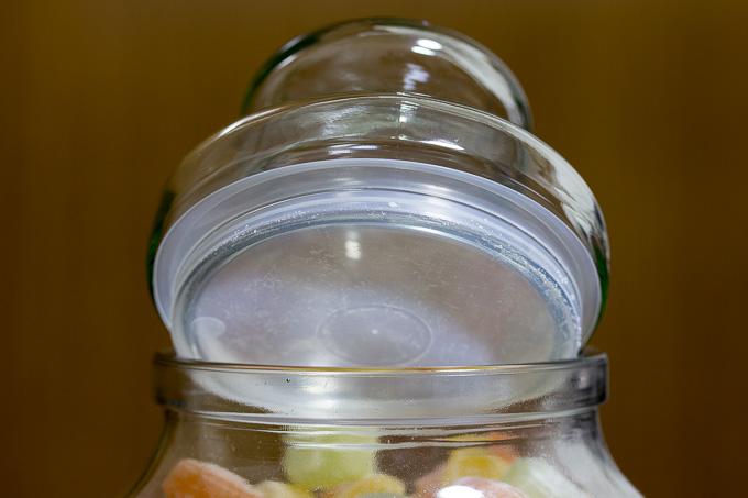 カベンディッシュ&ハーベイの飴ミックスグラスジャーの瓶の蓋が緩かった