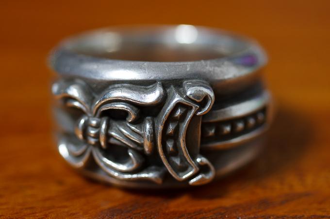 クロムハーツのリングで一番オススメなのはダガーリング