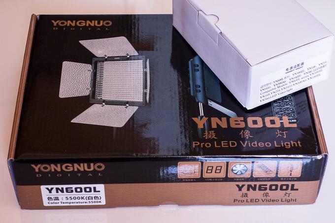 有名YouTuber御用達!YONGNUOのYN-600LEDビデオライト