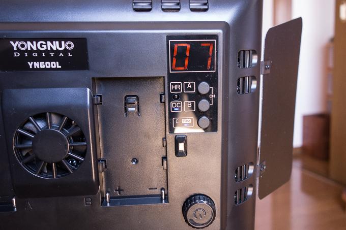 YONGNUOのYN-600LEDビデオライトの光量調整やチャンネルについて