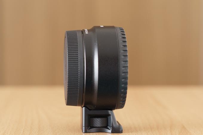 CanonマウントアダプターEF-EOS Mを横から