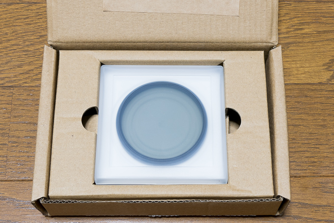 激安Amazonベーシック「偏光レンズ(CPL)フィルター」の専用ダンボール箱