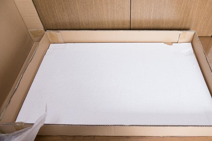 YAMAZEN(山善)折りたたみ式パイン材ローテーブルの緩衝材の発泡スチロール