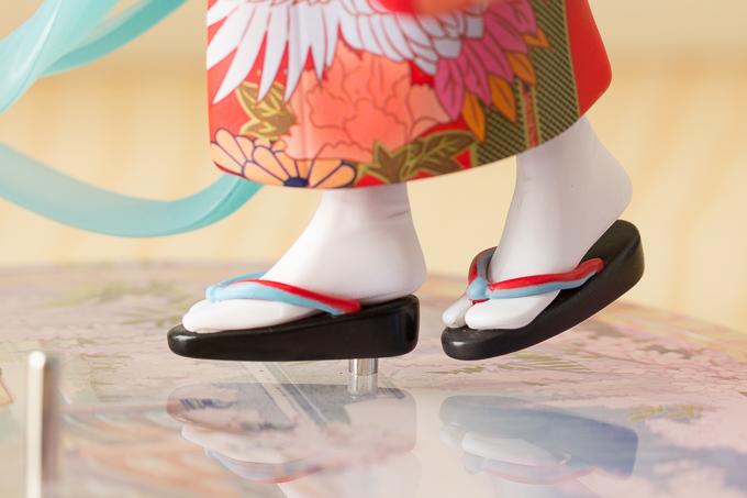 ストロンガーの初音ミク~花色衣~フィギュアの台座部分