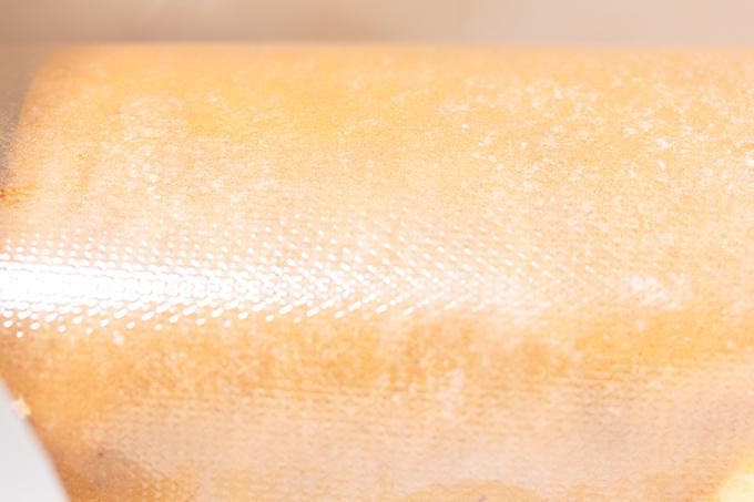 お土産で頂いたキースマンハッタンというお店のフルーツロールケーキ