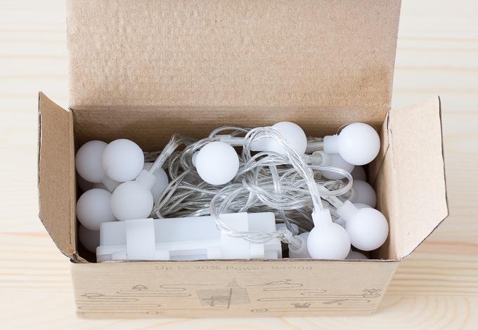 GreenClick LEDイルミネーションライト40球の段ボール