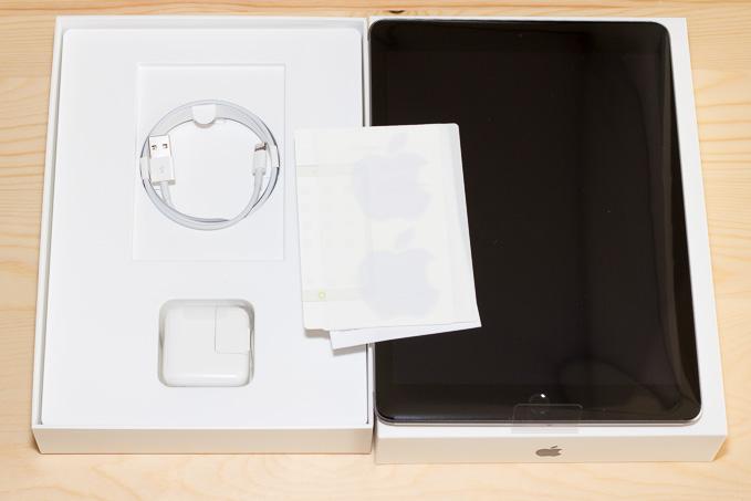 新型iPadの付属品2