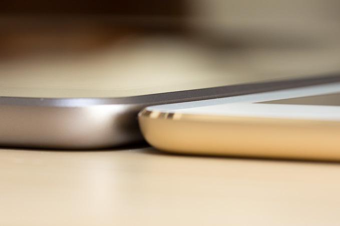 新型iPadとAir2の厚みの比較
