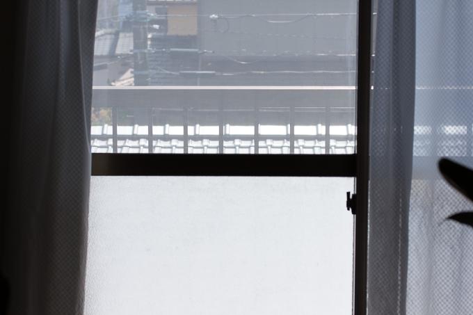 窓用フィルム貼り付け前の状態