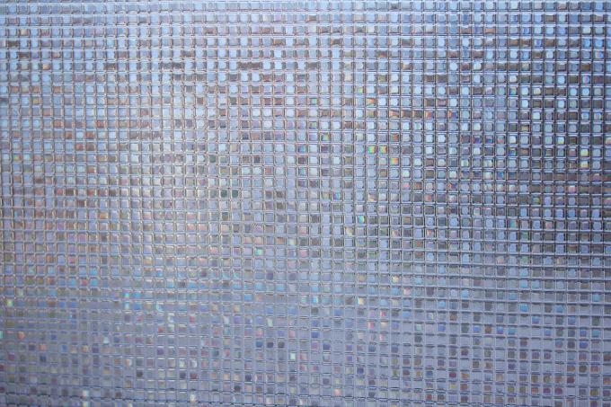 CottonColors(コットンカラーズ)3D窓用フィルムを貼り付けた窓のアップ
