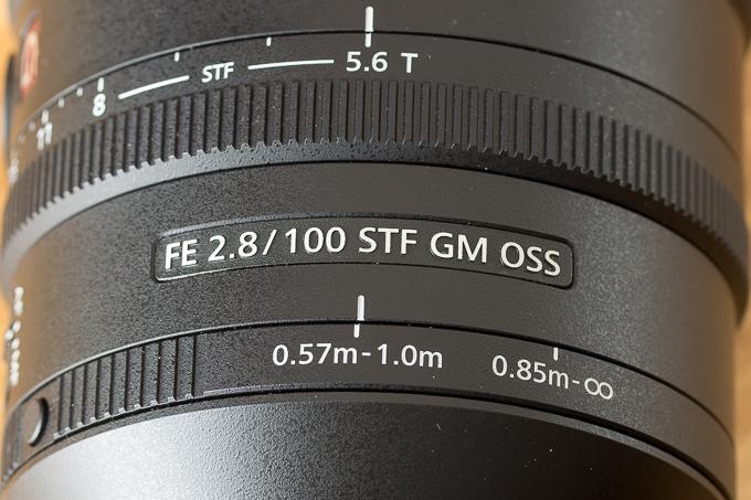 SEL100F28GMの作りの精度が