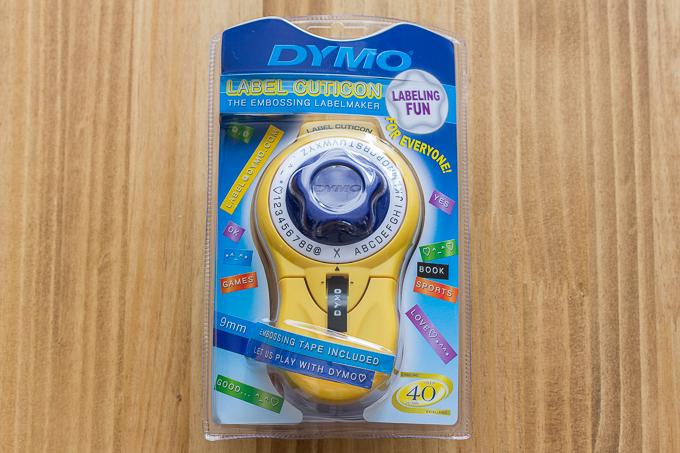 アマゾンで購入したダイモ(DYMO)テープライター キュティコン