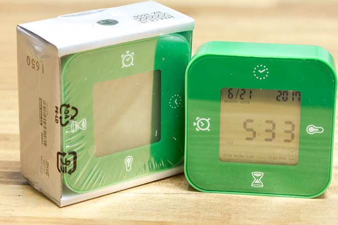 299円で買えるイケア(IKEA)のKLOCKIS置き時計