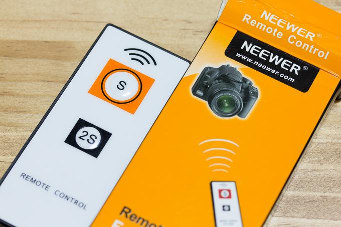 NEEWEWのソニーカメラα専用ワイヤレスリモコン
