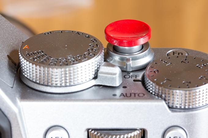 レリーズボタン追加で押しやすくなったX-T20のシャッターボタン