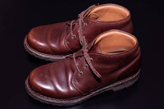 エイジング後の安藤製靴のチャッカブーツ