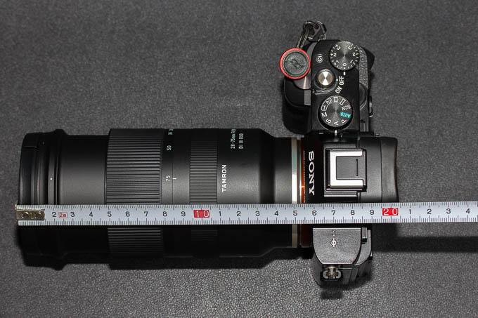 28-75mm F/2.8 Di III RXDのズーム時の鏡筒の伸び