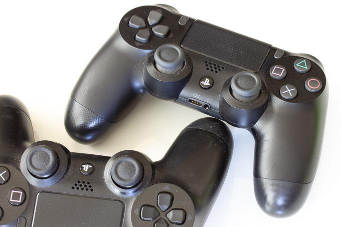 PS4とPS4 Proのコントローラー比較