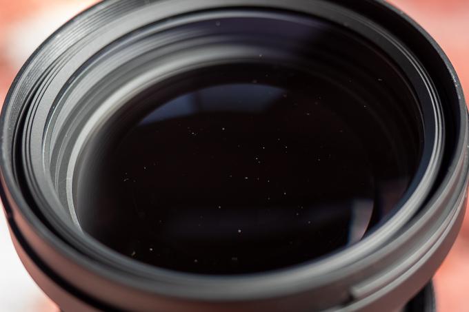 24-70mm F2.8 DG DNのレンズ内のチリ