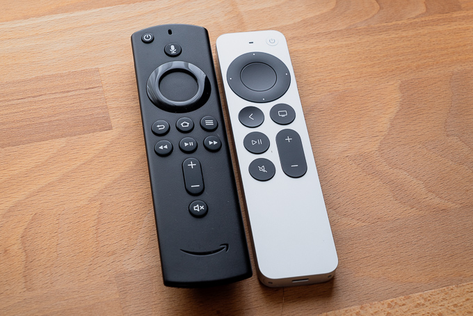 Apple TV 4KとFire TV Cubeリモコン比較